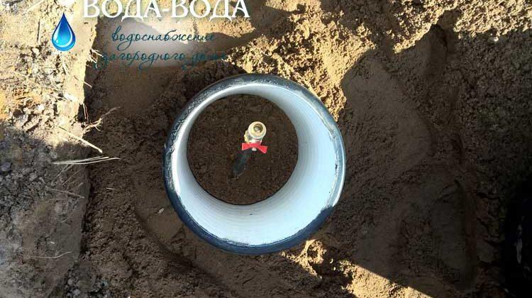 Всем понятно, что чтобы организовать водопровод из скважины в частном доме, нужно для начала найти воду. Как найти воду для скважины на участке? Всё очень просто! Правда, только для специалистов. Именно они произведут поиск воды для скважины на участке оперативно и точно.